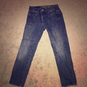 Youth size 26/28 American Eagle Skinny jeans.